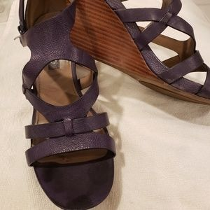 Womens Ecco dark purple worn size 7 sandal